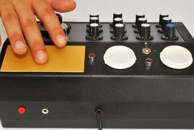 Placa de fricção de máquina radiônica